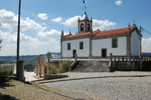 Igreja e Casa Mortuária